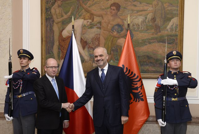"Albanian PM visits the Czech Republic after the ""CEZ"" suspected scandal"